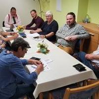 Bild vergrößern:Der Ortsverband Neustadt tagte am 15. August zum ersten mal nach der Sommerpause.