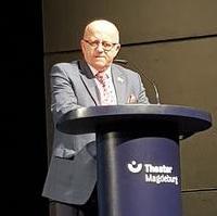 Bild vergrößern:Der Stadtratsvorsitzende Michael Hoffmann bei seiner Ansprache beim Neujahrsempfang der Landeshauptstadt am 08. Januar diesen Jahres.