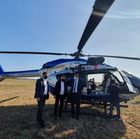 Bild vergrößern:Bei der Übergabe des neuen Polizeihubschraubers am 21. September Sven Schulze MdEP, Stadtrat Andreas Schumann MdL und Tobias Krull MdL (v.l.n.r.)