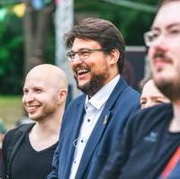 Bild vergrößern:Der JU-Kreisvorsitzende Frank Stiele und der CDU-Kreisvorsitzende Tobias Krull MdL gut gelaunt beim E-Sport Sommerfest am 21. Juli (Foto Mario Manneck)