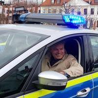 Bild vergrößern:Der Innenminister Holger Stahlknecht MdL war dabei als am Montag, den 09. März, rund 60 neue Fahrzeuge auf dem Domplatz an die Polizei Sachsen-Anhalt übergeben wurden.
