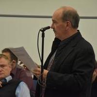 """Bild vergrößern:Stadtrat Frank Schuster spricht gerade zu unserem Änderungsantrag """"Strategiepapier zur Belebung der Magdeburger Innenstadt 2021 - 2025"""