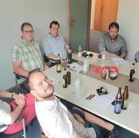 Bild vergrößern:Einige der Teilnehmer des Stammtisch der Christlich Demokratischen Arbeitnehmerschaft Magdeburg am 08. Juli 2021.