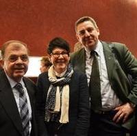 Bild vergrößern:Stadtrat Dr. Klaus Kutschmann (li.), Edwina Koch-Kupfer MdL und Stadtrat Thomas Brestrich während des Neujahrsempfangs der Landeshauptstadt Magdeburg.