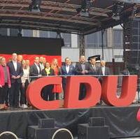 Bild vergrößern:Wahlkampfabschluss der CDU-Landesverbände Ost am 24. September in Halle/Saale mit Friedrich Merz.