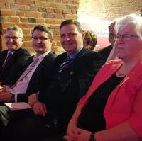 Bild vergrößern:Die Magdeburger CDU-Mitglieder Klaus Zimmermann, Manuel Rupsch, Bernd Heynemann, Andreas Schoensee und Bärbel Bühnemann beim Empfang 30 Jahre CDU Sachsen-Anhalt am 21. Februar 2020.