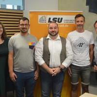 Bild vergrößern:Die neugewählte Regionalvorstand Ost der Lesben und Schwulen in der Union der am 24. Juni in Magdeburg gewählt worden ist.