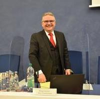 Bild vergrößern:Bürgermeister/ Beigeordneter für Finanzen und Vermögen Klaus Zimmermann
