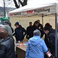 Bild vergrößern:Infostand der CDU Magdeburg bei der 8. Meile der Demokratie.