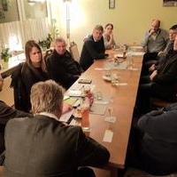 Bild vergrößern:Die Mitglieder des CDU-Ortsverbandes Magdeburg-Süd trafen sich am 26. Februar zu einer Sitzung. Eines der Hauptthemen war auch hier die aktuelle Verfassung der CDU. Es ging aber auch um ganz konkrete Probleme vor Ort.