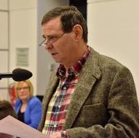 Bild vergrößern:Stadtrat Bernd Heynemann bei seiner Anfrage zu Freiwilligen Feuerwehr.