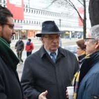 Bild vergrößern:Im Gespräch CDU-Kreisvorsitzender Tobias Krull (li.), Ministerpräsident Dr. Reiner Haseloff MdL (Mitte) und Stadtrat Reinhard Stern.