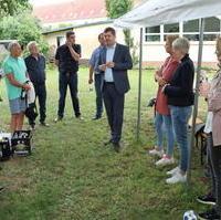 Bild vergrößern:Der CDU-Landesvorsitzende Sven Schulze MdEP war Gast beim Sommerfest des CDU-Ortsverbandes Am Neustädter Feld am 08. Juli 2021.