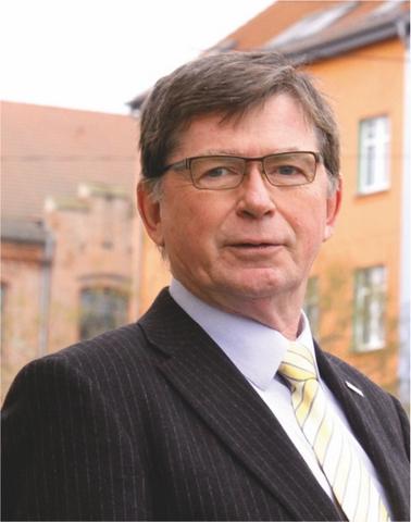 Dr. Helmut Hörold