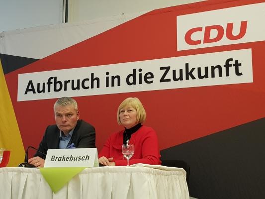 CDU-Landesvorsitzender Holger Stahlknecht MdL und Landtagspräsidentin Gabriele Brakebusch MdL bei der dritten Regionalkonferenz Sachsen-Anhalt 2030 am 02. Dezember in Barleben.