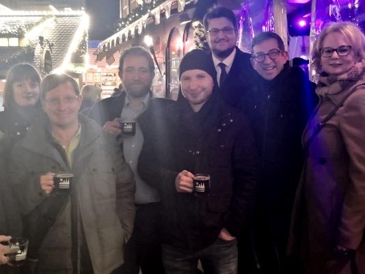 Am 18. Dezember gab es wieder die gemeinsame Aktion der Magdeburger Gastro Conzept GmbH und der JU Magdeburg für den guten Zweck. An diesem Tag wurden 3.600 Euro an Spenden gesammelt.