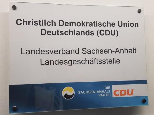 Der Landesvorstand der CDU Sachsen-Anhalt tagte am 14. Juli in Neugattersleben. Dort wurden auch die Vorschläge der Struktur- und Satzungskommission der CDU Deutschlands diskutiert.